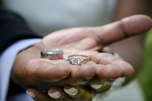 Kiedy warszawiacy biorą ślub? sxc.hu