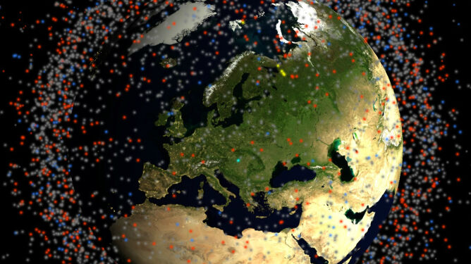 Miliony kosmicznych śmieci na orbicie Ziemi. Zobacz niesamowitą wizualizację