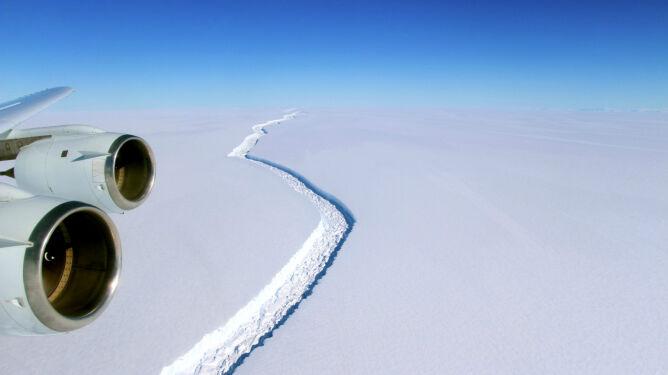 """Oderwanie się antarktycznego lodowca jest nieuniknione. <br />""""To zdarzenie całkowicie zmieni krajobraz"""""""