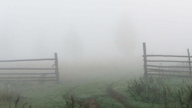 Uważajcie na mgły. Mogą wystąpić zakłócenia w ruchu lądowym i lotniczym